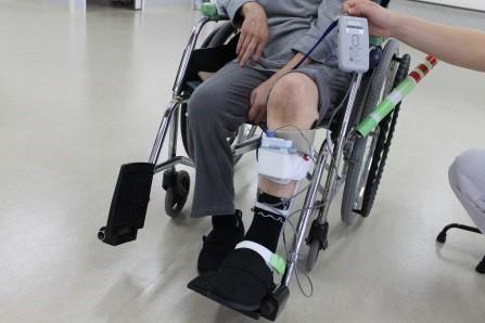 電気刺激+短下肢装具歩行